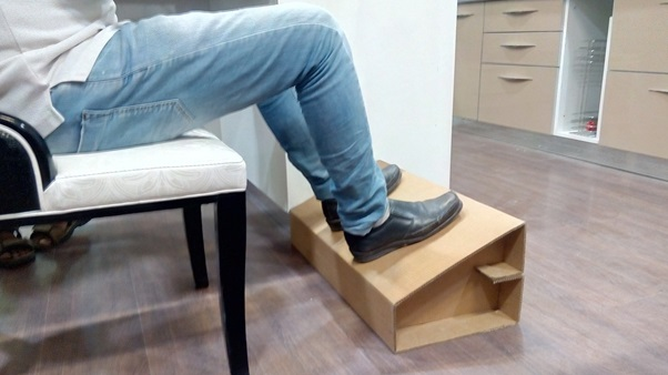 Explained impacts and benefits of using office footrests